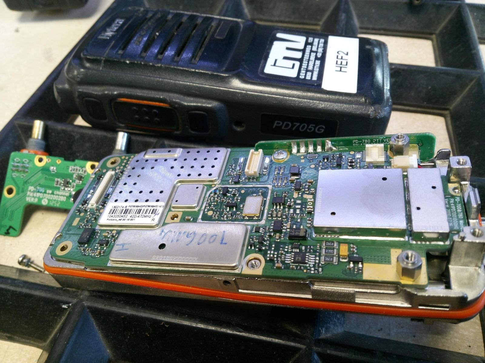 Hytera PD705G UHF man down herstellen